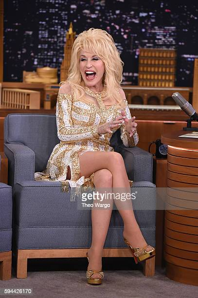 Dolly Parton Visits 'The Tonight Show Starring Jimmy Fallon' at Rockefeller Center on August 23 2016 in New York City
