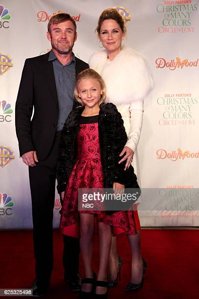 CIRCLE OF LOVE Dollywood Premiere Pictured Ricky Schroder Alyvia Alyn Lind Jennifer Nettles