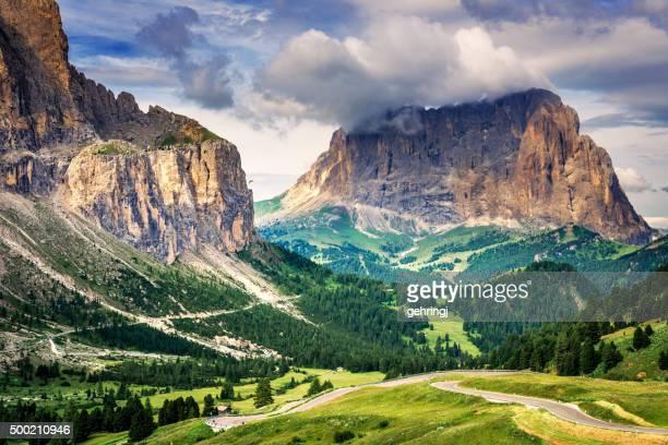 Dolomite cime (Alto Adige, Italia).