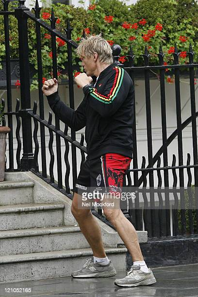 ** EXCLUSIVE ** Dolph Lundgren sighted working out in the rain on September 15 2009 in London England