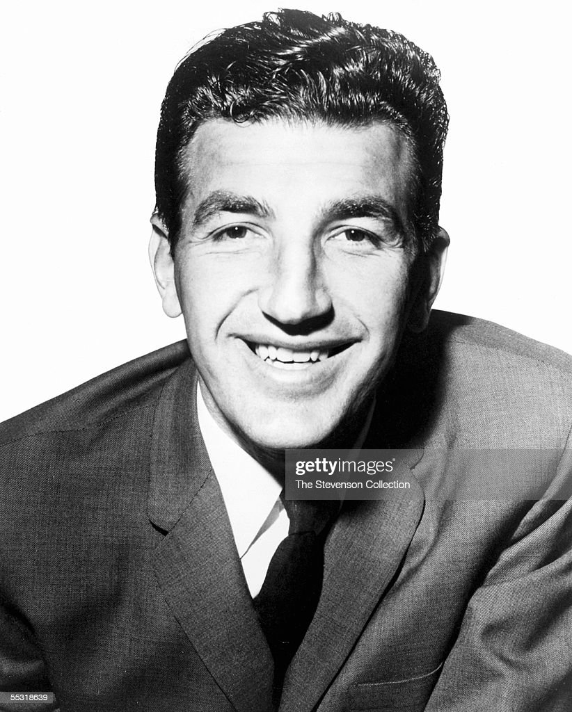 In Focus NBA Hall of Famer Dolph Schayes Dies at 87 s and