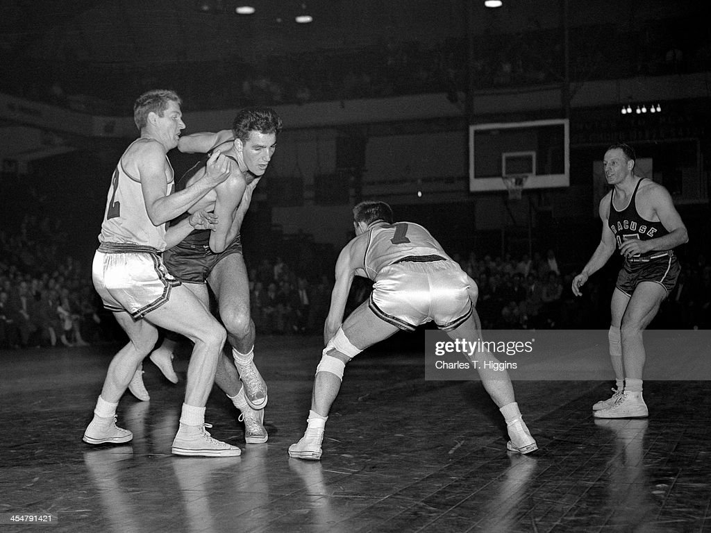Syracuse Nationals v Philadelphia Warriors