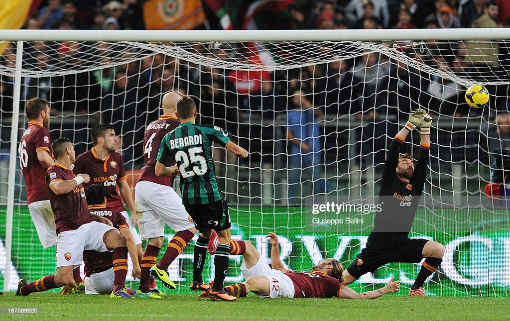 Domenico Berardi of Sassuolo scores the goal 1-1 during the Serie A match between AS Roma and US Sassuolo Calcio at Stadio Olimpico on November 10, 2013 in Rome, Italy.