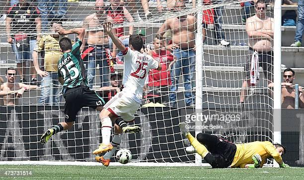 Domenico Berardi of Sassuolo scores the goal 32 during the Serie A match between US Sassuolo Calcio and AC Milan on May 17 2015 in Reggio nell'Emilia...
