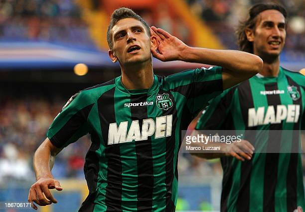 Domenico Berardi of US Sassuolo Calcio celebrates after scoring their fourth goal during the Serie A match between UC Sampdoria v US Sassuolo Calcio...