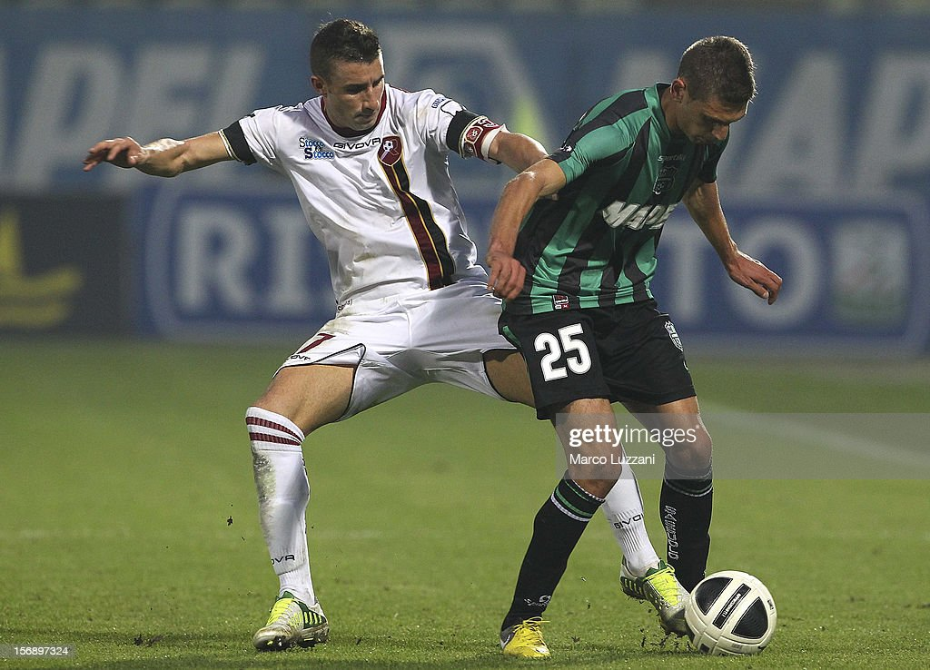 Domenico Berardi (R) of US Sassuolo competes for the ball with Antonio Barilla' (L) of Reggina Calcio during the Serie B match between US Sassuolo and Reggina Calcio at Alberto Braglia Stadium on November 24, 2012 in Modena, Italy.
