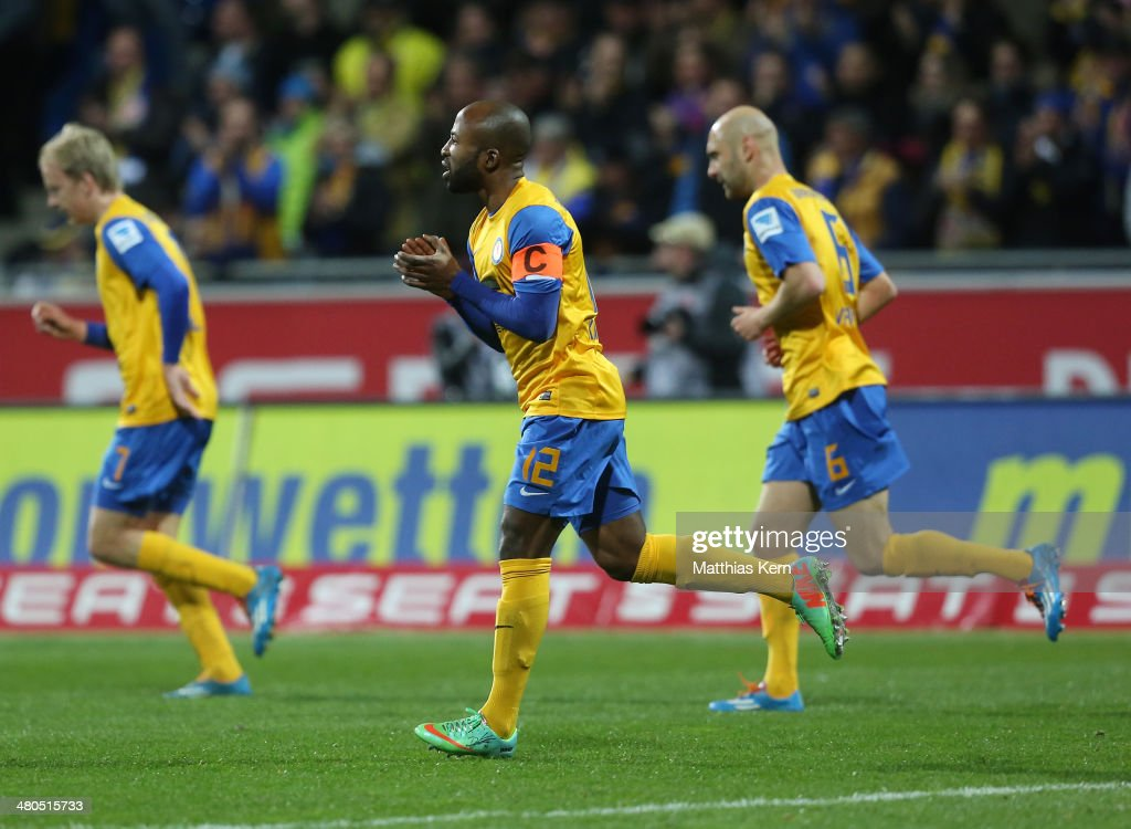 Domi Kumbela of Braunschweig celebrates after scoring the first goal during the Bundesliga match between Eintracht Braunschweig and 1 FSV Mainz 05 at...