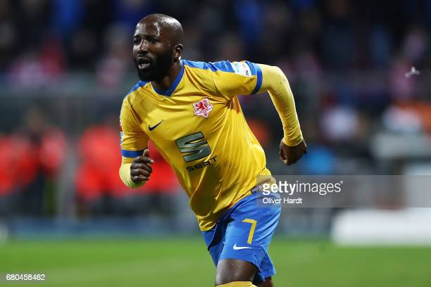 Domi Kumbela of Braunschweig celebrates after scoring their first goal during the Second Bundesliga match between Eintracht Braunschweig and 1 FC...