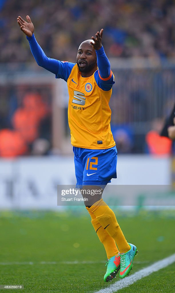 Domi Kumbela of Braunschweig celebrates scoring his goal during the Bundesliga match between Eintracht Braunschweig and Hannover 96 at Eintracht...