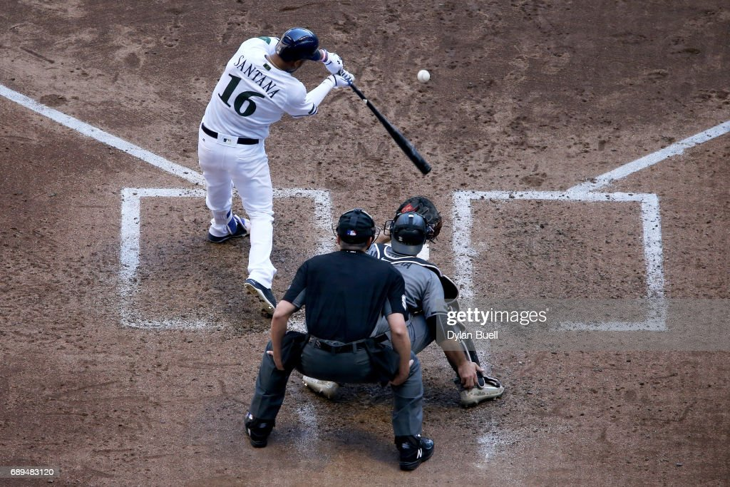 Domingo Santana #16 of the Milwaukee Brewers hits a grand slam in the fifth inning against the Arizona Diamondbacks at Miller Park on May 28, 2017 in Milwaukee, Wisconsin.