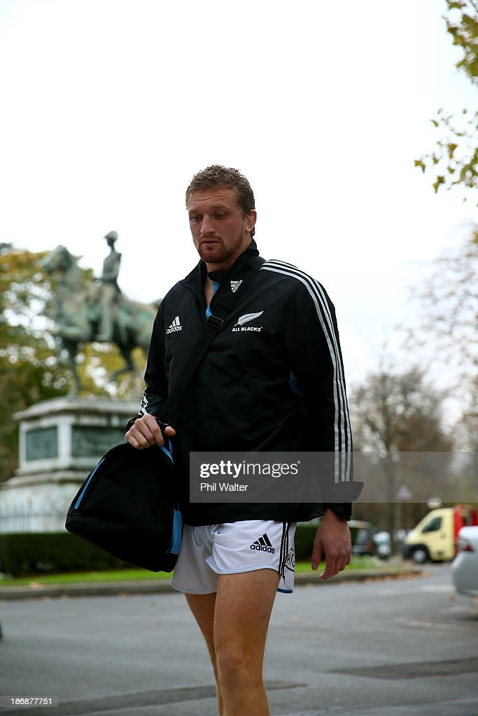Dominic Bird of the New Zealand All Blacks walks back from a pool recovery session on November 4, 2013 in Paris, France.