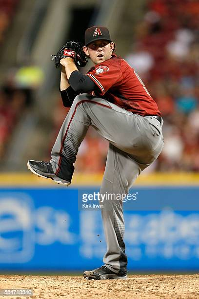Dominic Leone of the Arizona Diamondbacks throws a pitch during the game against the Cincinnati Reds at Great American Ball Park on July 23 2016 in...