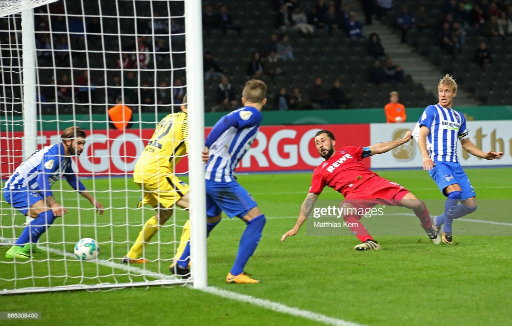 Dominic Maroh (C) of Koeln scores the second goal during the DFB Cup match between Hertha BSC and 1. FC Koeln at Olympiastadion on October 25, 2017 in Berlin, Germany.