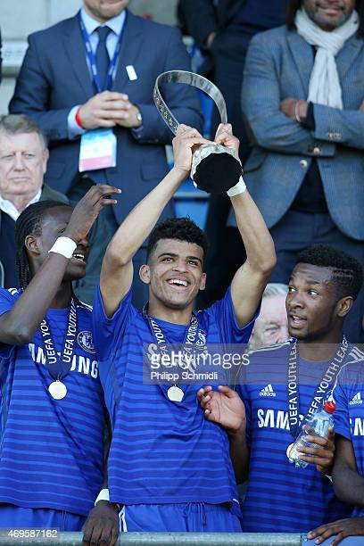 Dominic Solanke of Chelsea FC and his teammates celebrate with the Lennart Johansson trophy after the UEFA Youth League Final match between Shakhtar...
