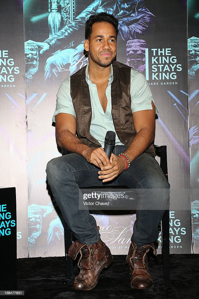 Dominican-American singer Romero Santos attends a press conference to promote his new CD + DVD album 'The King Stays King' at the W Hotel Mexico City on December 17, 2012 in Mexico City, Mexico.