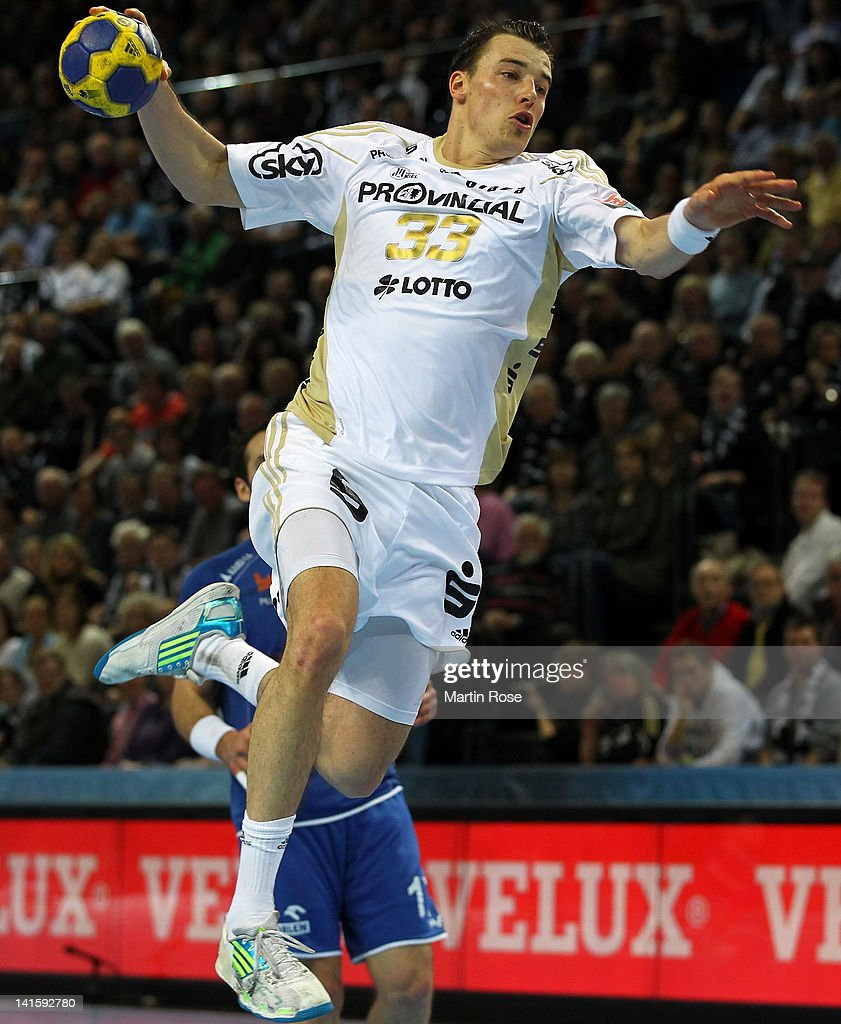 <a gi-track='captionPersonalityLinkClicked' href=/galleries/search?phrase=Dominik+Klein&family=editorial&specificpeople=579023 ng-click='$event.stopPropagation()'>Dominik Klein</a> of Kiel throws the ball during the EHF Champions League second leg match between THW Kiel and Orlen Wisla Plock at Sparkassen Arena on March 18, 2012 in Kiel, Germany.