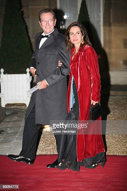 Dominique Baudis and his wife attend a dinner honoring Iraq President Jalal Talabani at Elysee Palace on November 16 2009 in Paris France
