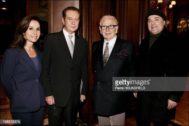 Dominique Baudis chairman of CSA his wife and Pierre Cardin in Paris France on January 11 2007