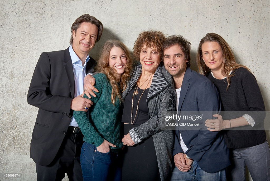 Dominique Besnehard and the actors of the tv serie 10% with Joey Starr Cedric Klapisch Francoise Fabian Line Renaud Laura Smet Audrey Fleurot and...