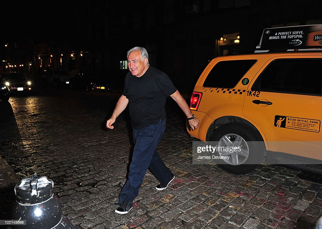 <a gi-track='captionPersonalityLinkClicked' href=/galleries/search?phrase=Dominique+Strauss-Kahn&family=editorial&specificpeople=227268 ng-click='$event.stopPropagation()'>Dominique Strauss-Kahn</a> arrives at his Manhattan apartment after having dinner at the Oriental Garden Restaurant on August 25, 2011 in New York City.