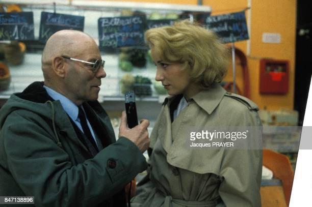 Dominique Zardi et Pauline Lafont sur le tournage du film 'Le Pactole' de JeanPierre Mocky en fevrier 1985 en France