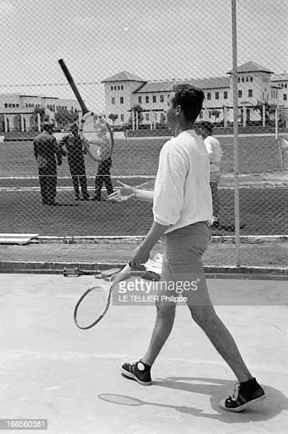 Don Juan Carlos Of Spain In The Army En Espagne à l'école militaire d'aviation de San Javier près d'Alicante le prince Juan CARLOS D' ESPAGNE en...