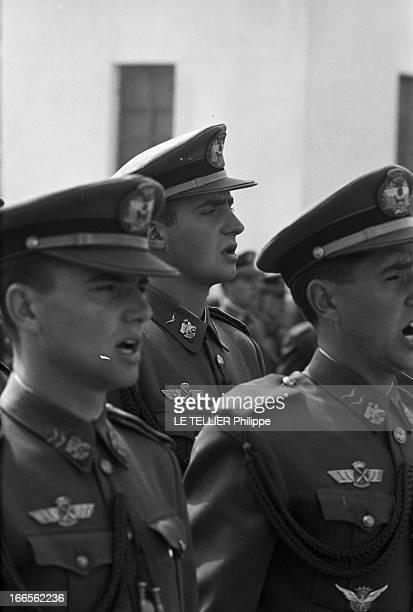 Don Juan Carlos Of Spain In The Army En Espagne près d'Alicante à l'école militaire d'aviation de San Javier le prince Juan CARLOS D' ESPAGNE en...