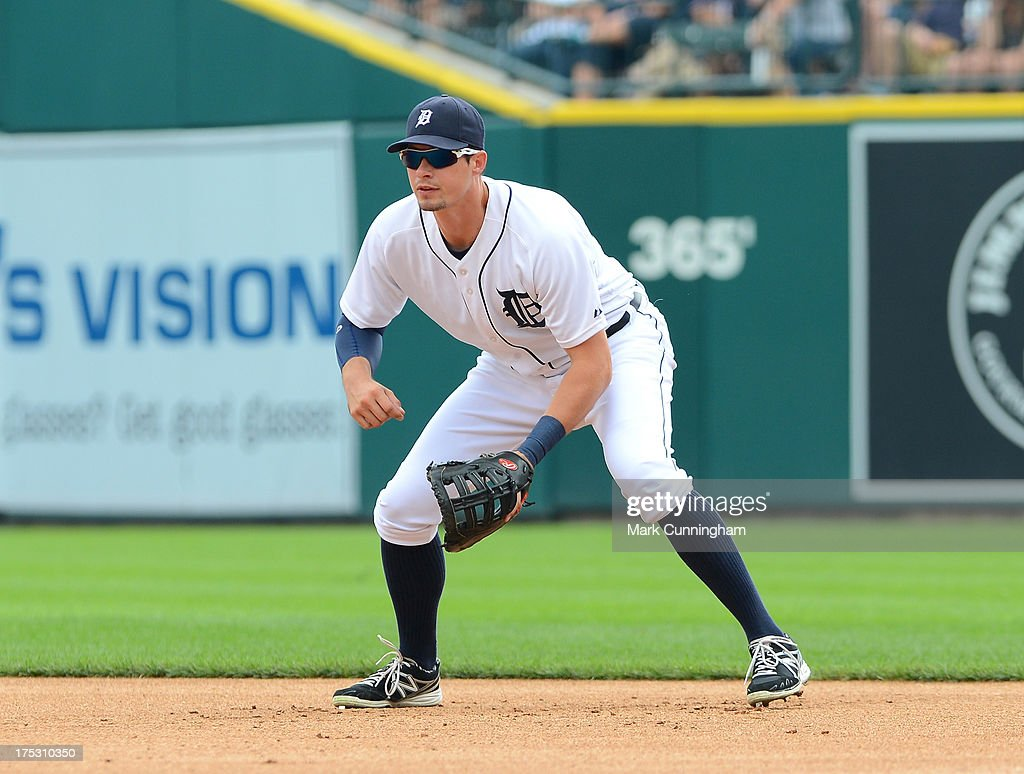 Don Kelly #32 of the Detroit Tigers fields during the game against the Washington Nationals at Comerica Park on July 31, 2013 in Detroit, Michigan. The Tigers defeated the Nationals 11-1.