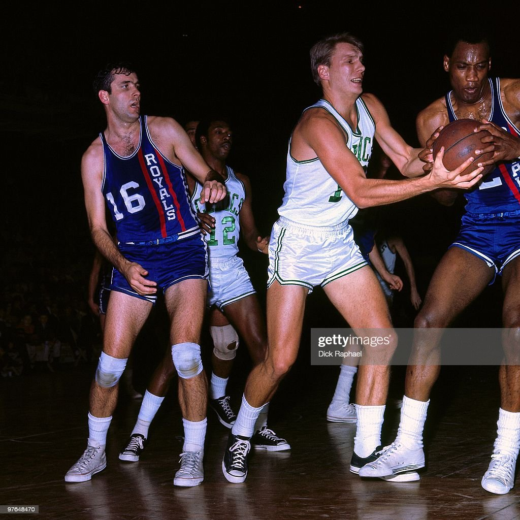 Cincinnati Royals vs Boston Celtics