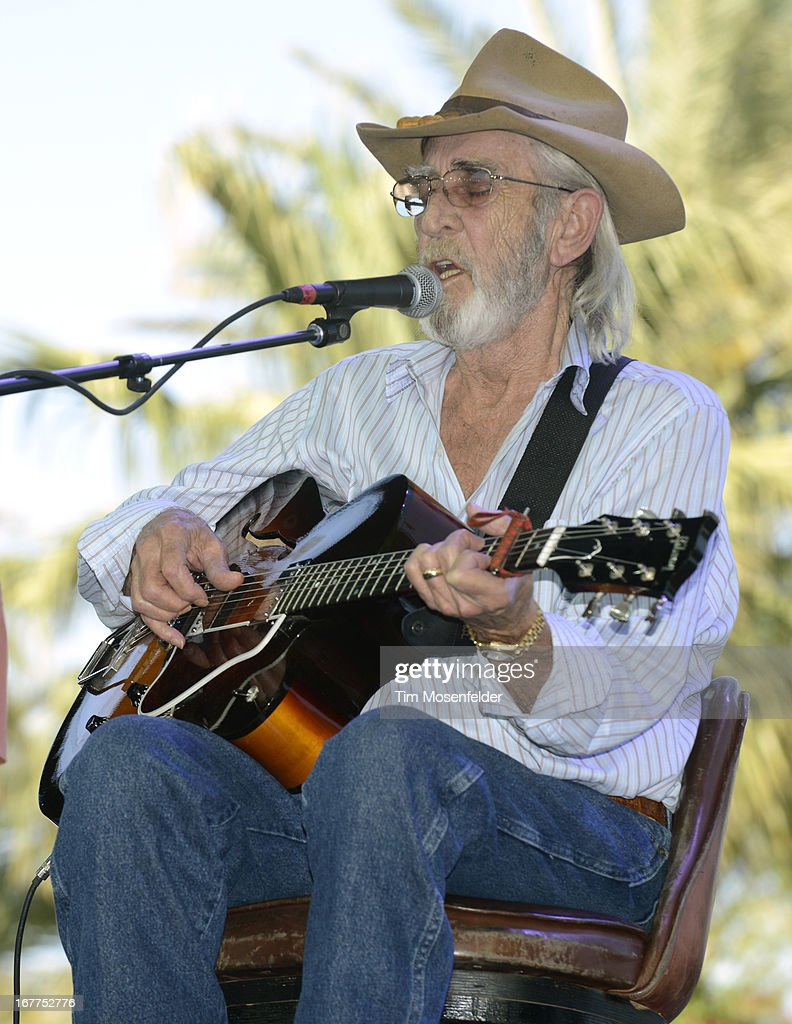 <a gi-track='captionPersonalityLinkClicked' href=/galleries/search?phrase=Don+Williams+-+Singer&family=editorial&specificpeople=90710 ng-click='$event.stopPropagation()'>Don Williams</a> performs as part of the Stagecoach Music Festival at the Empire Polo Grounds on April 28, 2013 in Indio, California.