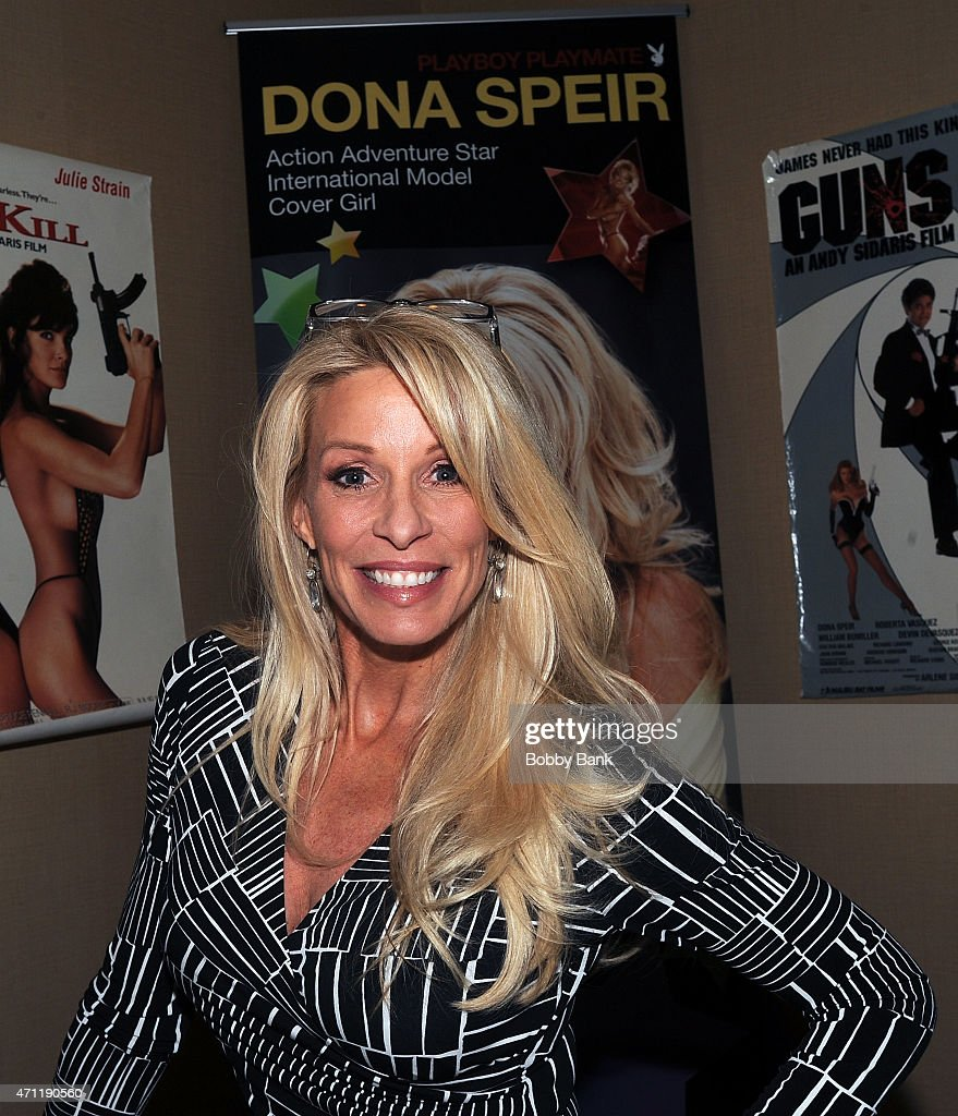 Dona Speir Nude Photos 20