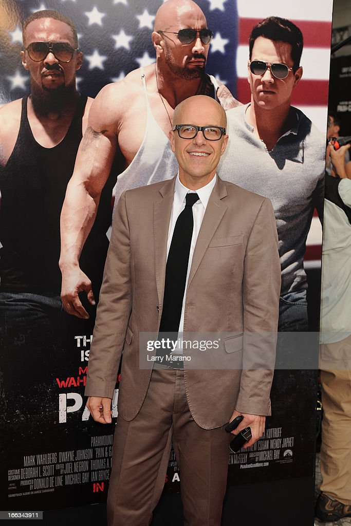 <a gi-track='captionPersonalityLinkClicked' href=/galleries/search?phrase=Donald+De+Line&family=editorial&specificpeople=866894 ng-click='$event.stopPropagation()'>Donald De Line</a> attends the 'Pain & Gain' premiere on April 11, 2013 in Miami Beach, Florida.