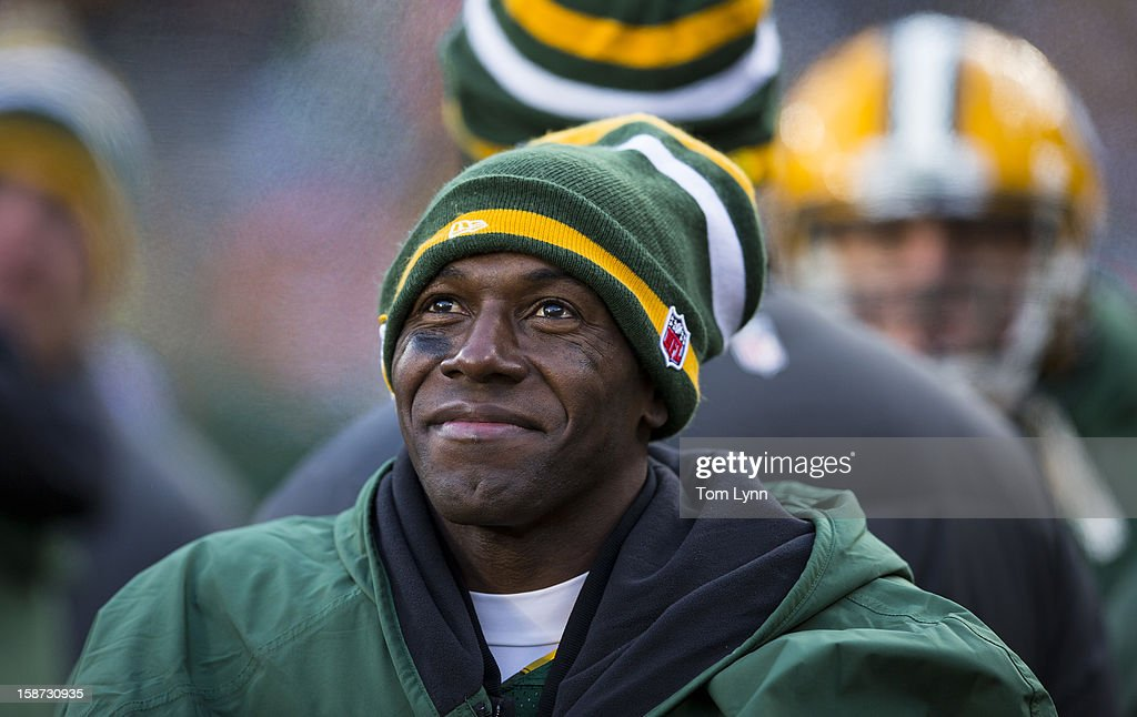 Donald Driver #90 of the Green Bay Packers on the sidelines against theTennessee Titans at Lambeau Field on December 23, 2012 in Green Bay, Wisconsin.