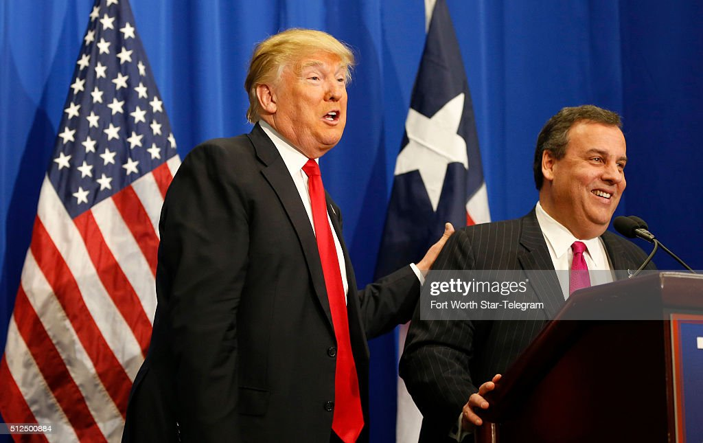 Of new jersey governor chris christie right during a rally in - Chris Christie Getty Images