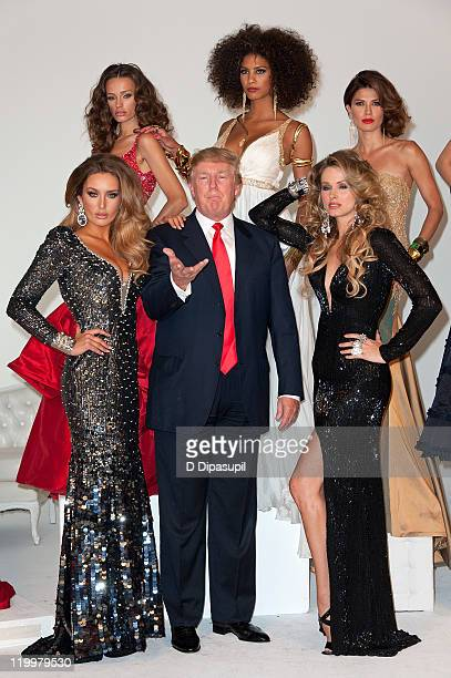 Donald Trump and Miss Ireland 2010 Rosanna Purcell Miss Kosovo 2008 Zana Krasniqi Miss France 2009 Chloe Mortaud Miss Universe 2002 Justine Pasek and...