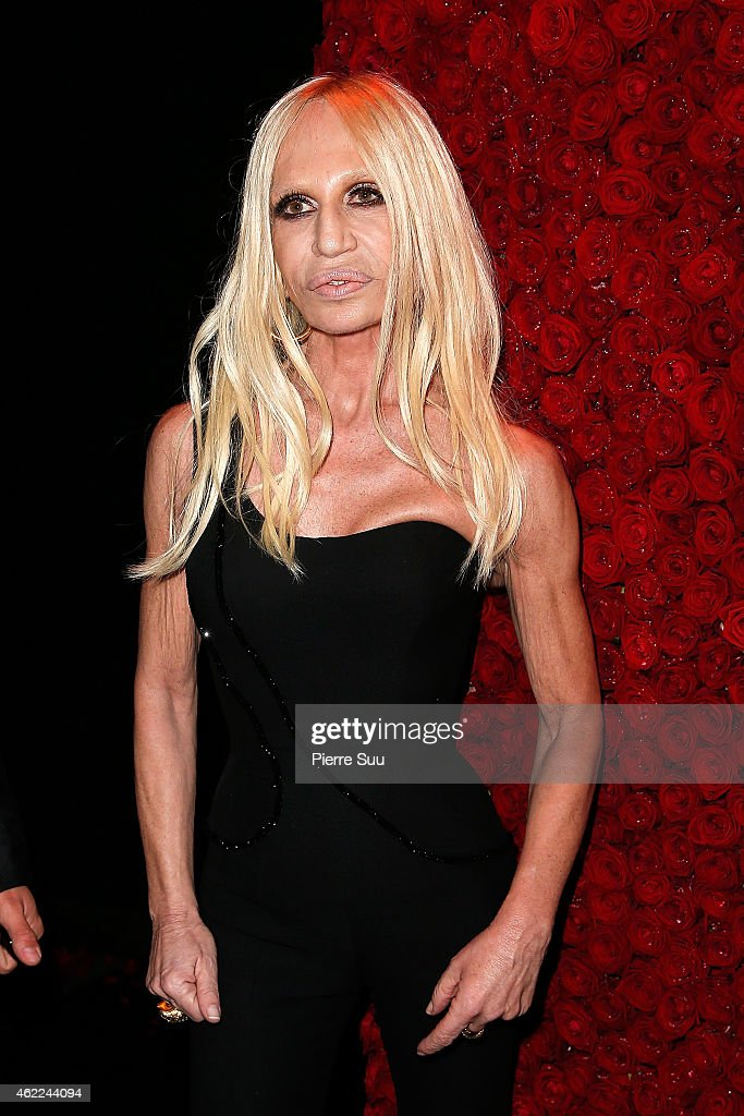 <a gi-track='captionPersonalityLinkClicked' href=/galleries/search?phrase=Donatella+Versace&family=editorial&specificpeople=202209 ng-click='$event.stopPropagation()'>Donatella Versace</a> attends the Atelier Versace after party at 'l'arc' club on January 25, 2015 in Paris, France.