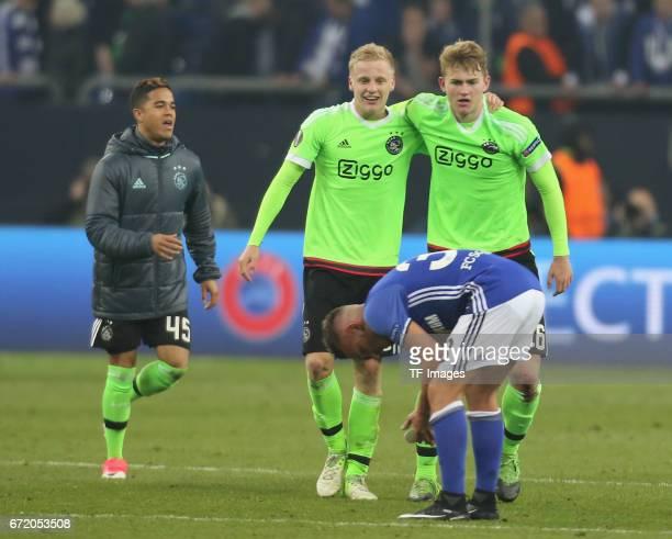 Donis Avdijaj of Schalke Justin Kluivert and Donny van de Beek and Matthijs de Ligt looks on during the UEFA Europa League quarter final second leg...