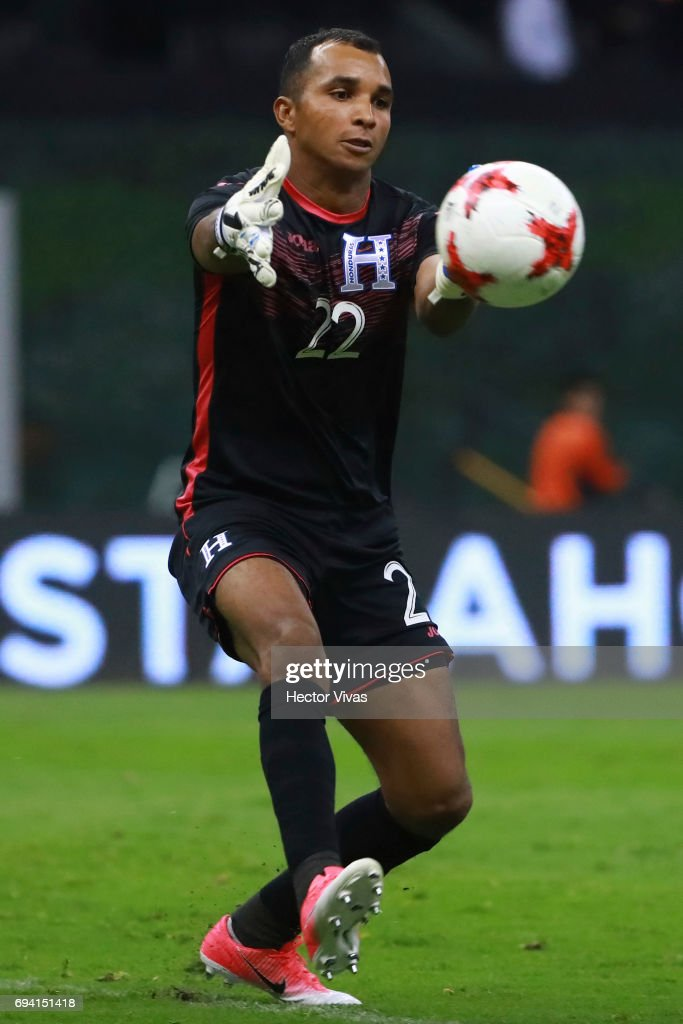 Donis Escober goalkeeper of Honduras catches the ball during the match between Mexico and Honduras as part of the FIFA 2018 World Cup Qualifiers at Azteca Stadium on June 08, 2017 in Mexico City, Mexico.