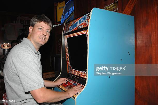Donkey Kong World Champion Steve Wiebe plays Donkey Kong at the after party following the Los Angeles premiere of Picturehouse's 'The King Of Kong A...
