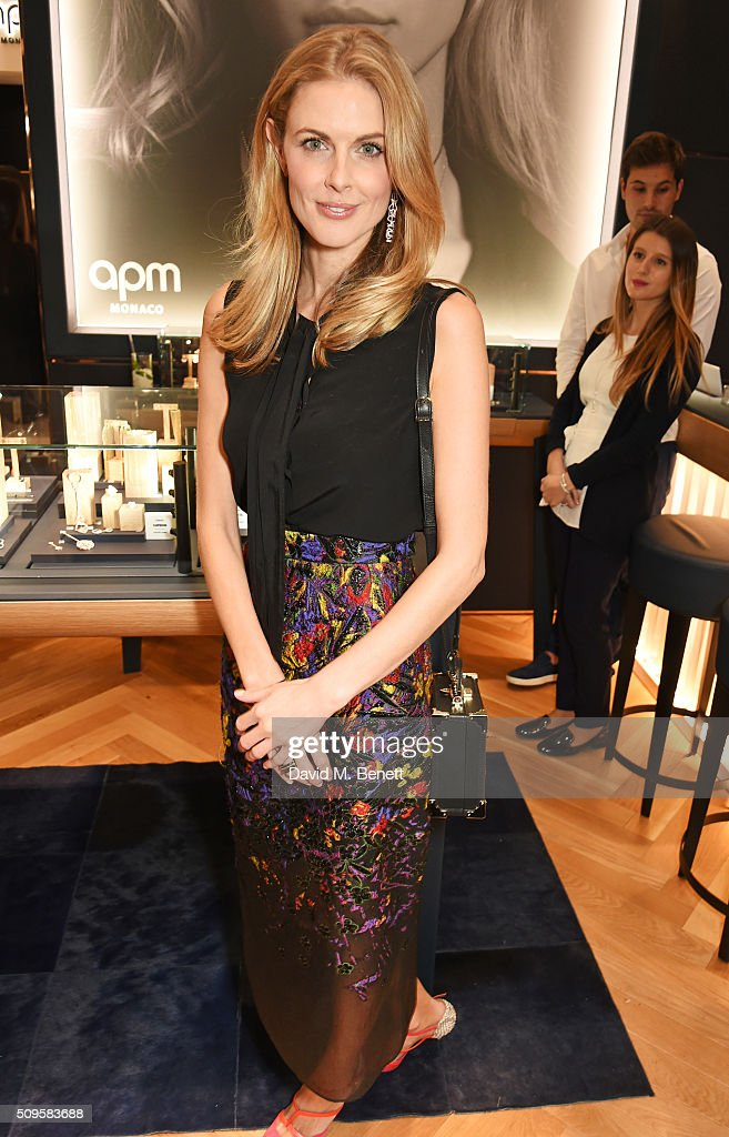 <a gi-track='captionPersonalityLinkClicked' href=/galleries/search?phrase=Donna+Air&family=editorial&specificpeople=209184 ng-click='$event.stopPropagation()'>Donna Air</a> attends the APM Monaco flagship store opening on South Molton Street on February 11, 2016 in London, England.