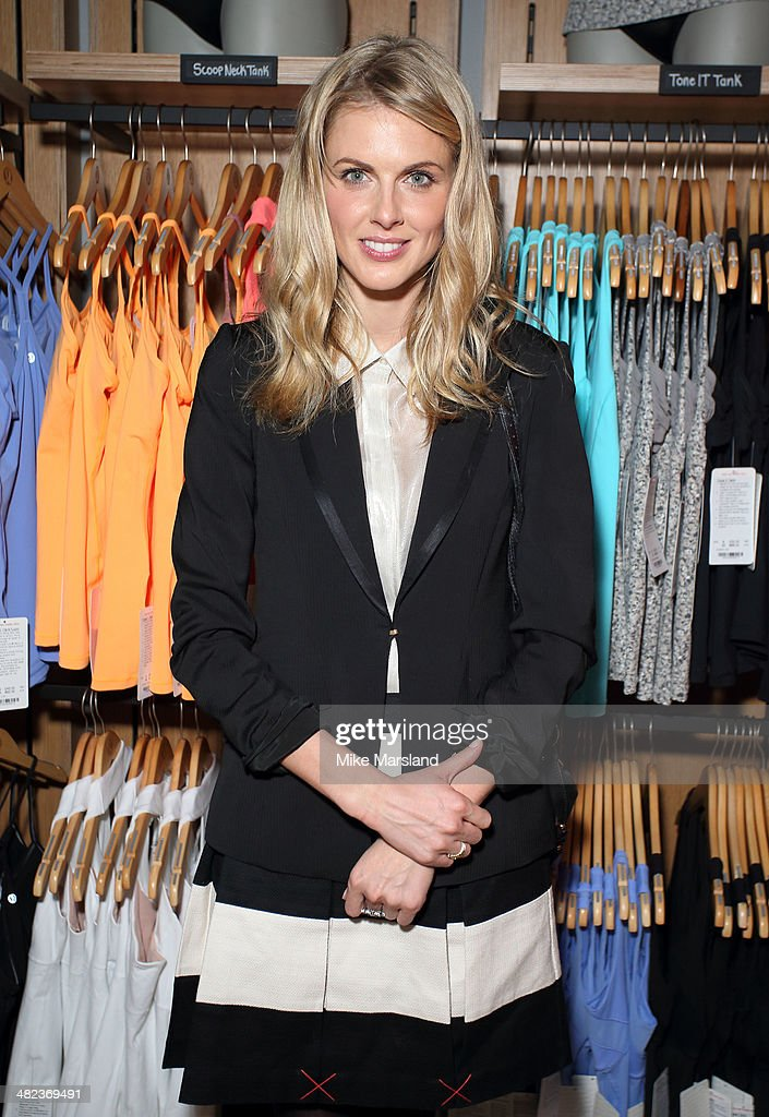<a gi-track='captionPersonalityLinkClicked' href=/galleries/search?phrase=Donna+Air&family=editorial&specificpeople=209184 ng-click='$event.stopPropagation()'>Donna Air</a> attends the Lululemon launch party to celebrate there first store in UK on April 3, 2014 in London, England.