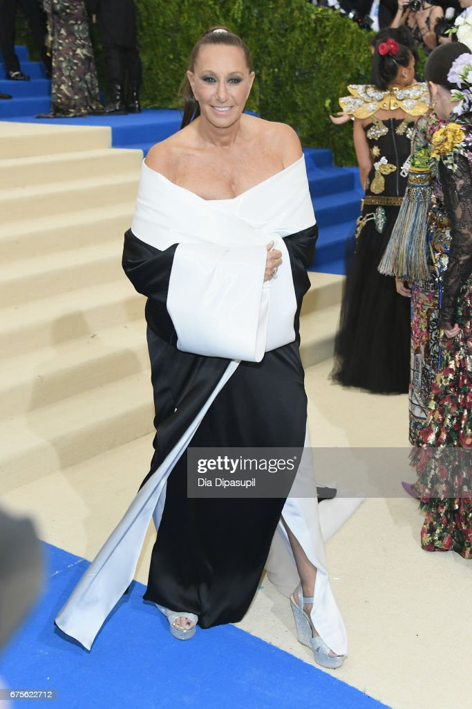 Donna Karan attends the 'Rei Kawakubo/Comme des Garcons: Art Of The In-Between' Costume Institute Gala at Metropolitan Museum of Art on May 1, 2017 in New York City.