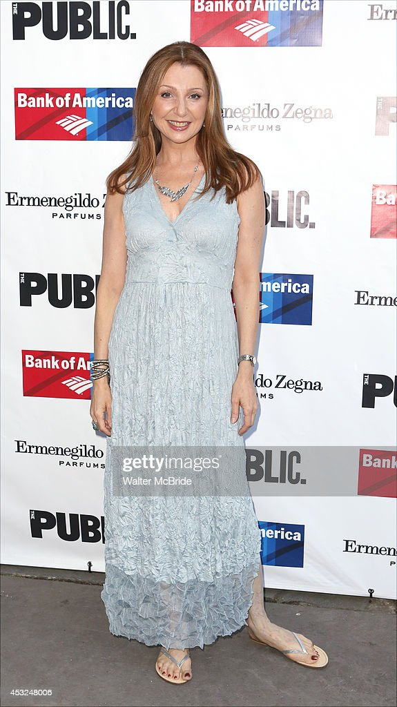<a gi-track='captionPersonalityLinkClicked' href=/galleries/search?phrase=Donna+Murphy&family=editorial&specificpeople=210723 ng-click='$event.stopPropagation()'>Donna Murphy</a> attends the The Public Theatre's Opening Night Performance of 'King Lear' at the Delacorte Theatre on August 5, 2014 in New York City.