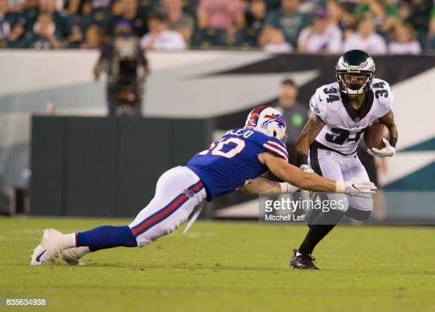 Donnel Pumphrey of the Philadelphia Eagles runs the ball against Tanner Vallejo of the Buffalo Bills in the preseason game at Lincoln Financial Field...