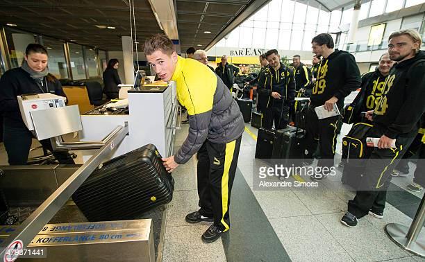 Donnerstag 1 Fussball Bundesliga Saison 13/14 in DortmundBV Borussia Dortmund auf dem Weg ins Trainingslager nach La Manga in SpanienErik Durm