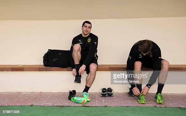 Donnerstag 1 Fussball Bundesliga Saison 13/14 in La Manga / SpanienBV Borussia Dortmund im Trainingslager La Manga in SpanienHenrikh Mkhitaryan und...