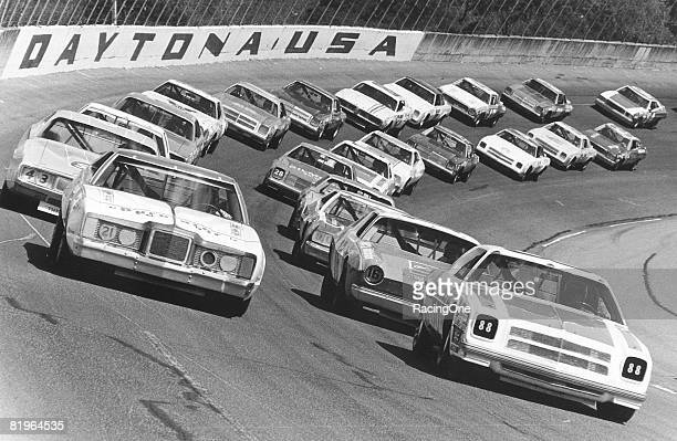 Donnie Allison ahead of his brother Bobby takes the inside pole line next to David Pearson and Richard Petty Benny Parsons came from his 32nd...