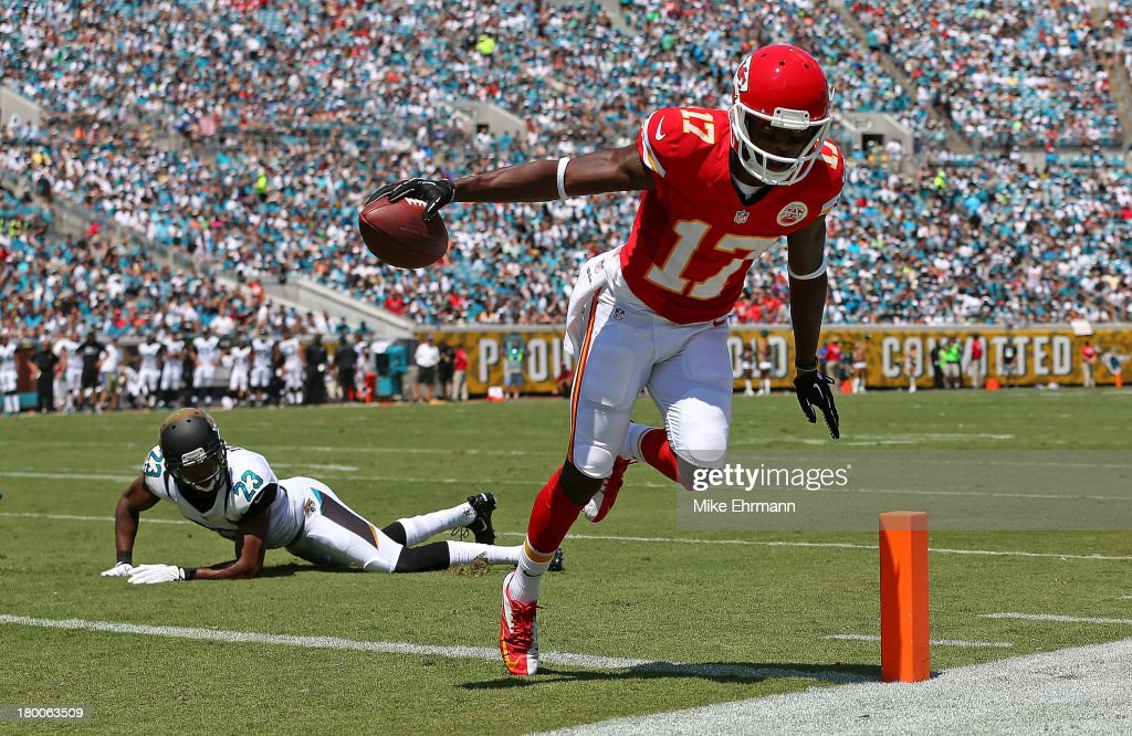<a gi-track='captionPersonalityLinkClicked' href=/galleries/search?phrase=Donnie+Avery&family=editorial&specificpeople=4495456 ng-click='$event.stopPropagation()'>Donnie Avery</a> #17 of the Kansas City Chiefs scores a touchdown during a game against the Jacksonville Jaguars at EverBank Field on September 8, 2013 in Jacksonville, Florida.
