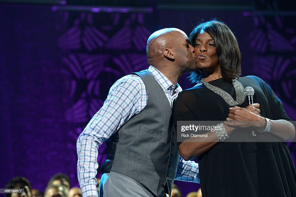 <a gi-track='captionPersonalityLinkClicked' href=/galleries/search?phrase=Donnie+McClurkin&family=editorial&specificpeople=227367 ng-click='$event.stopPropagation()'>Donnie McClurkin</a> (L) and Andrea McClurkin-Mellini perform onstage at the Super Bowl Gospel Celebration 2014 at The Theater at Madison Square Garden on January 31, 2014 in New York City.