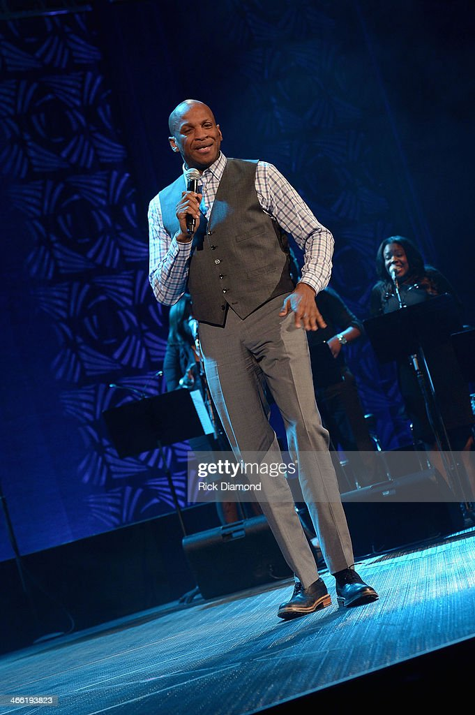<a gi-track='captionPersonalityLinkClicked' href=/galleries/search?phrase=Donnie+McClurkin&family=editorial&specificpeople=227367 ng-click='$event.stopPropagation()'>Donnie McClurkin</a> performs onstage at the Super Bowl Gospel Celebration 2014 at The Theater at Madison Square Garden on January 31, 2014 in New York City.
